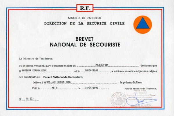 Brevet National de Secouriste .Séjour au 1° R.I